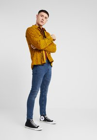 Only & Sons - ONSWARP SKINNY BLUE CROP - Jeans Skinny Fit - blue denim - 1