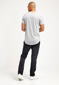 Only & Sons - ONSMATT LONGY TEE - T-shirts basic - light grey melange - 2
