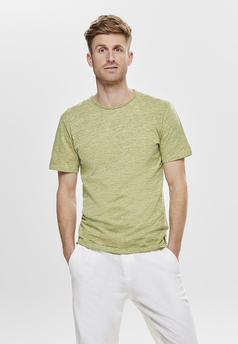 Only & Sons - ONSALBERT NEW TEE  - T-Shirt basic - yellow