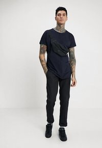 Only & Sons - ONSEARL RAW LONGY  - T-shirt basic - dark navy - 1