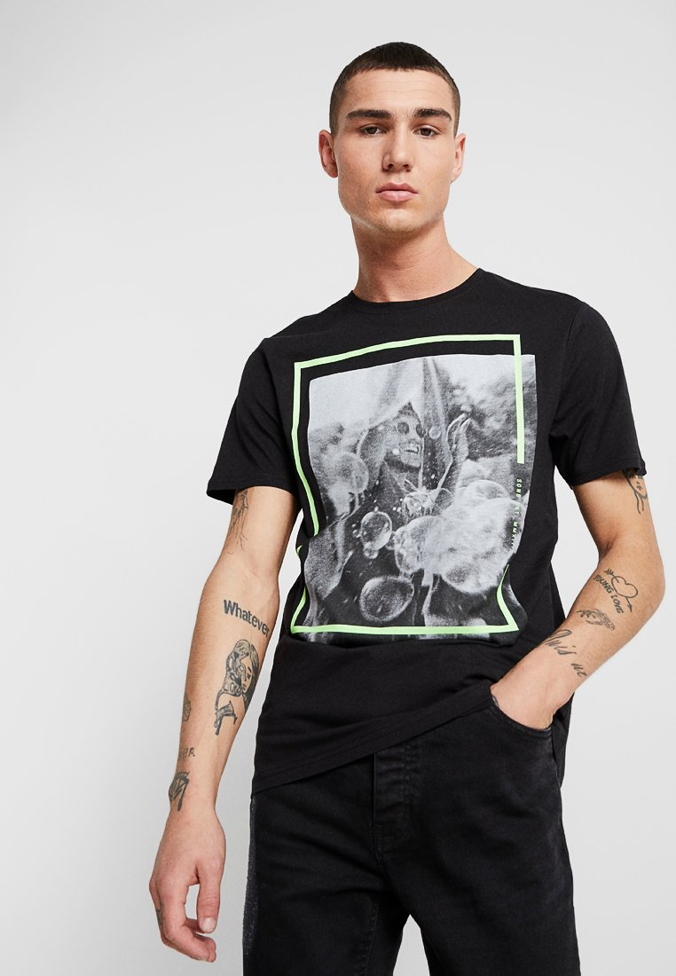 Only & Sons - ONSPETAL FITTED TEE CAMP - T-Shirt print - black