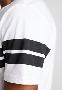 Only & Sons - ONSBIKE LONGY TEE - T-Shirt print - white - 5