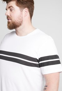 Only & Sons - ONSBIKE LONGY TEE  - T-shirts med print - white - 5
