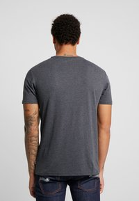 Only & Sons - ONSABRAHAM FITTED TEE - T-shirt con stampa - black - 2
