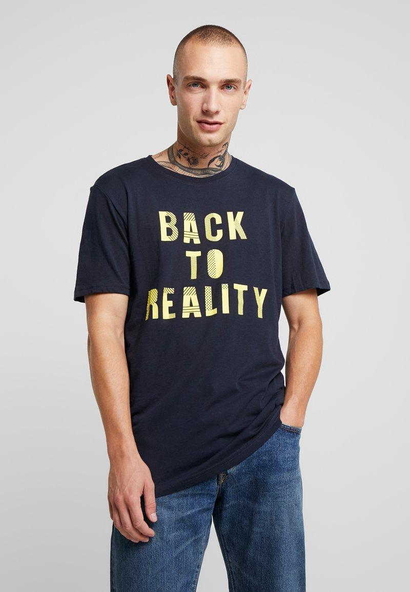 Only & Sons - ONSBICHELLE TEE - Camiseta estampada - dark navy