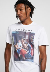 Only & Sons - ONSFRIENDS TEE - T-shirt print - white - 4