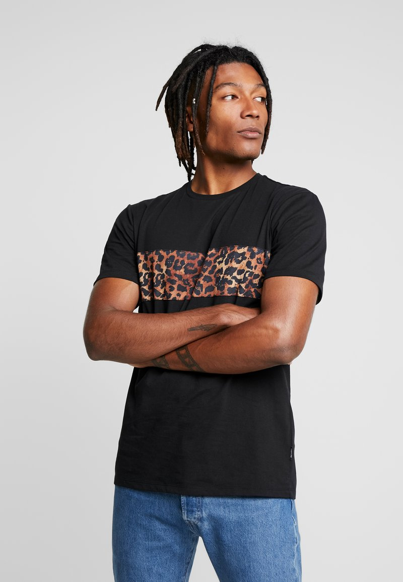 Only & Sons - ONSLEO PANEL TEE - T-shirt print - black