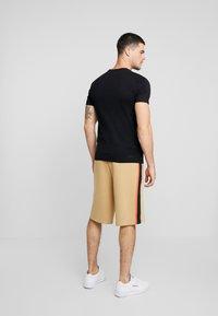 Only & Sons - ONSBROCK  - T-Shirt print - black - 2