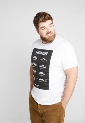 ONSMSAXON SLIM TEE PLUS - Print T-shirt - bright white