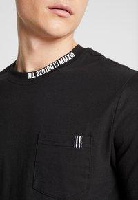 Only & Sons - ONSMOGENS TEE - T-shirt med print - black - 4