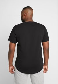 Only & Sons - ONSMATT LONGY TEE 2 PACK - Basic T-shirt - black - 2