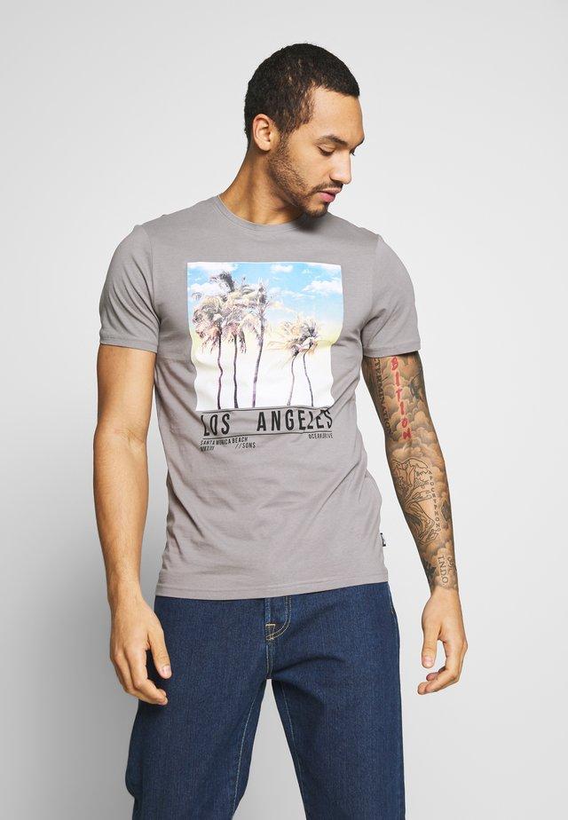 ONSNORTH  - Print T-shirt - titanium