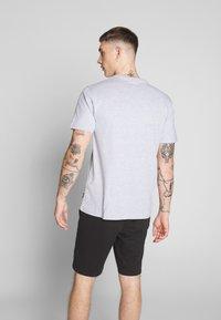 Only & Sons - ONSCORN SLIM TEE - T-shirt print - light grey melange - 2