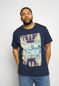 Only & Sons - ONSCALM TEE - Printtipaita - dress blues - 0
