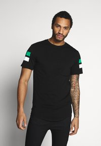 Only & Sons - ONSSTRIPEY LONGY TEE - T-Shirt print - black - 0