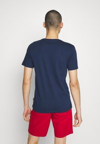 Only & Sons - ONSCALI SLIM TEE - Print T-shirt - dress blues - 2