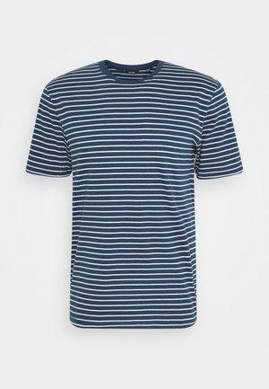 ONSMICK LIFE STRIPE TEE - T-shirt z nadrukiem - dress blues