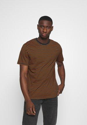 ONSMICK LIFE STRIPE TEE - T-shirt z nadrukiem - black