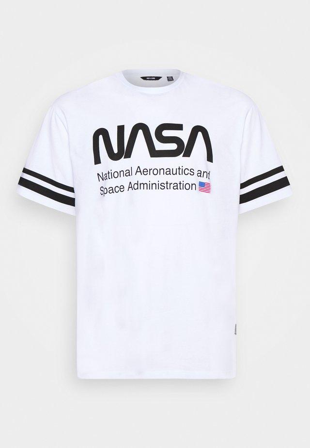 ONSNASA STRIPE TEE PLUS - T-shirt z nadrukiem - white