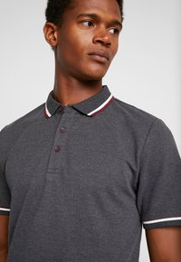Only & Sons - ONSCILAS  - Poloshirt - black - 4