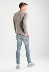 Only & Sons - ONSGARSON WASH CREW NECK - Trui - griffin - 2
