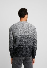 Only & Sons - ONSCALLEN GRADING CREW NECK - Sweter - griffin - 2