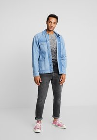 Only & Sons - ONSCALLEN GRADING CREW NECK - Sweter - griffin - 1