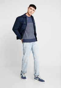 Only & Sons - ONSHELMIG BLOCKED - Sweter -  blues - 1