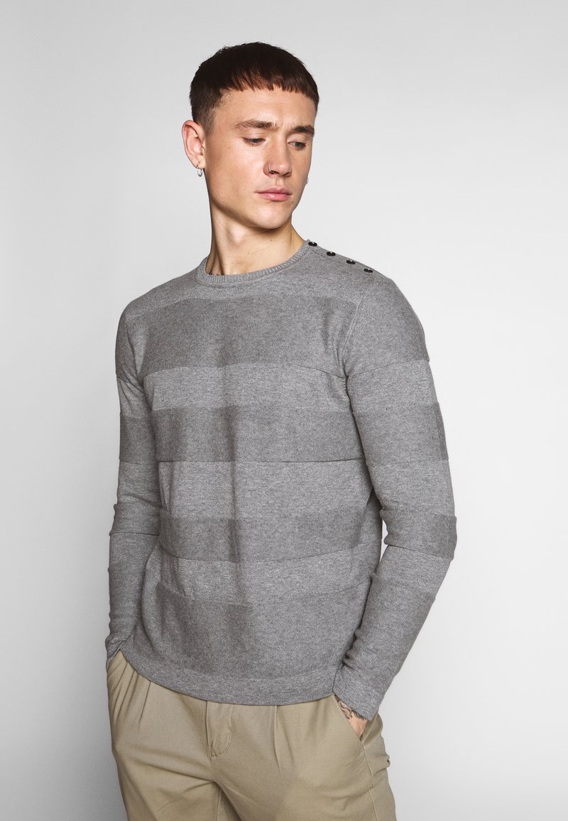 Only & Sons - ONSNIGEL CREW NECK - Strikkegenser - medium grey melange