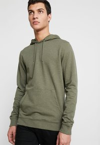 Only & Sons - ONSBASIC HOODIE UNBRUSHED - Hoodie - olive night - 0