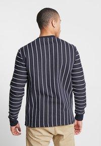 Only & Sons - ONSSTATE CREW NECK - Sweatshirt - dark navy - 2