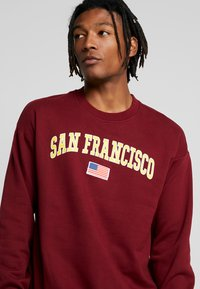 Only & Sons - ONSTIGER OVERSIZED CREW SWEAT - Sweatshirts - cabernet - 4