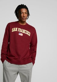 Only & Sons - ONSTIGER OVERSIZED CREW SWEAT - Sweatshirts - cabernet - 0