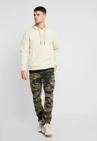 Only & Sons - ONSWANG HOODIE  - Sweat à capuche - sandshell - 1