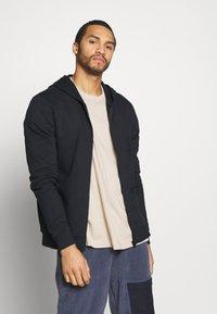 Only & Sons - ONSORGANIC REG  ZIP HOODIE  - Zip-up hoodie - black - 0