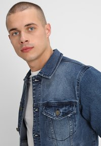 Only & Sons - ONSCOIN  - Jeansjacka - blue denim - 3