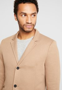 Only & Sons - ONSJULIAN KING COAT - Kort kappa / rock - camel - 3