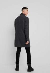 Only & Sons - ONSOSCAR COAT - Classic coat - dark grey melange - 2