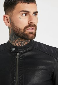 Only & Sons - ONSMIKE RACER JACKET - Giacca in similpelle - black - 4