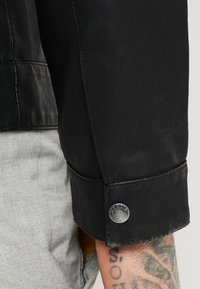 Only & Sons - ONSMIKE RACER JACKET - Giacca in similpelle - black - 6