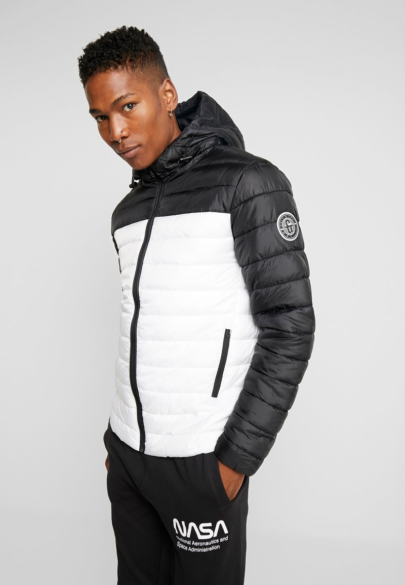Only & Sons - ONSSTEVEN QUILTED HOOD JACKET - Übergangsjacke - white