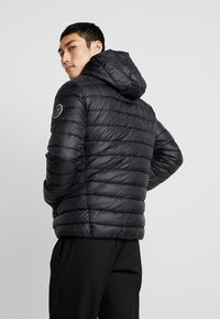 Only & Sons - ONSSTEVEN QUILTED HOOD JACKET - Chaqueta de entretiempo - black/solid - 2