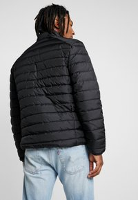 Only & Sons - ONSGEORGE QUILTED HIGHNECK - Jas - black - 2