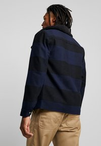Only & Sons - ONSROSS CHECK SHORT JACKET - Giacca leggera - estate blue/black - 2