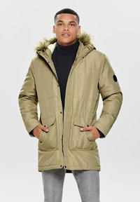 Only & Sons - ONSBASIL JACKET NOOS - Cappotto invernale - olive - 0