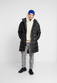 Only & Sons - ONSLIAM OVERSIZE PUFFER  - Winter coat - black - 1