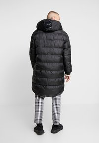 Only & Sons - ONSLIAM OVERSIZE PUFFER  - Winter coat - black - 2