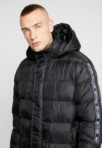 Only & Sons - ONSLIAM OVERSIZE PUFFER  - Winter coat - black - 3