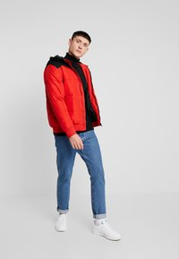Only & Sons - ONSBOSTON QUILTED BLOCK HOOD - Jas - pompeian red - 1