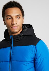 Only & Sons - ONSBOSTON QUILTED BLOCK HOOD - Light jacket - baleine blue - 4
